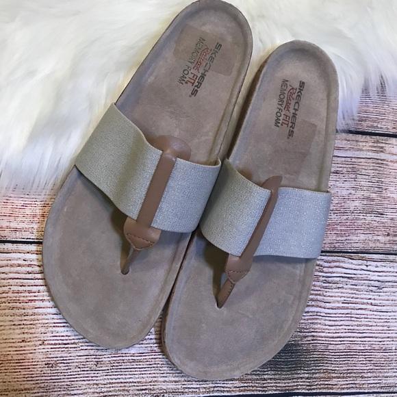 skechers relaxed fit flip flops